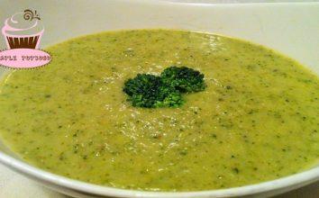 Kremali Brokoli Çorbası Nasıl Yapılır